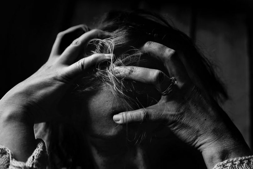 Si të kontrollojmë ankthin dhe panikun?