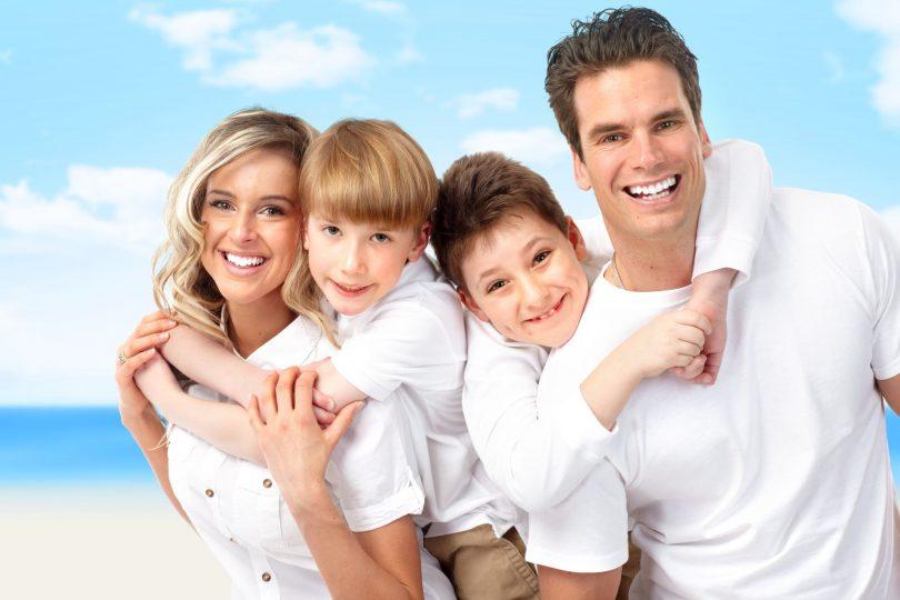familje të lumtur